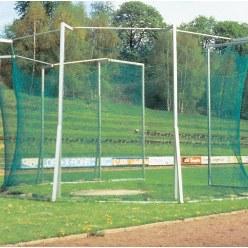 Cage de protection pour lancer du disque et du marteau, avec fixation par fourreaux