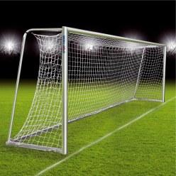But de football entièrement soudé, transportable avec nouveau système de rail de fixation du filet, 7,32x2,44 m